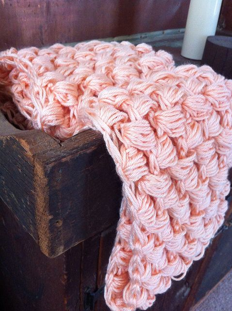 Yummy Puff Stitch Scarf By CouldBeKim - Free Crochet Pattern - (loopsoflavender.blogspot)