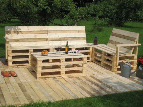 Lounge set van pallets projets essayer pinterest pallets lounges and van - Paletten gartenregal ...