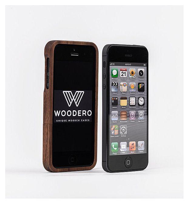 iPhone 5 / 5S Woodero Nussholz Cover  Das elegante Nussholzcover für das iPhone 5 und 5S. Aus einem Stück Holz mittels Hightech Fräser gefertigt un