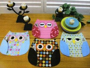 Owl Place Mats - the wings are pockets for the silverware! You could make these!