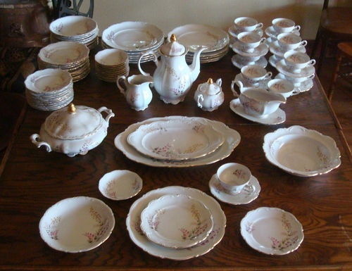 "Victorian dinnerware 19th century ""Laura"" from Bavaria. Tastefully feminine without being prissy"