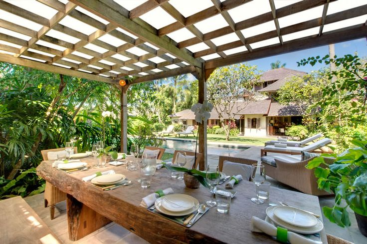 Page 2 « Photo gallery | The Orchard House – Seminyak 4 bedroom luxury villa, Bali - Orchard House - poolside dining