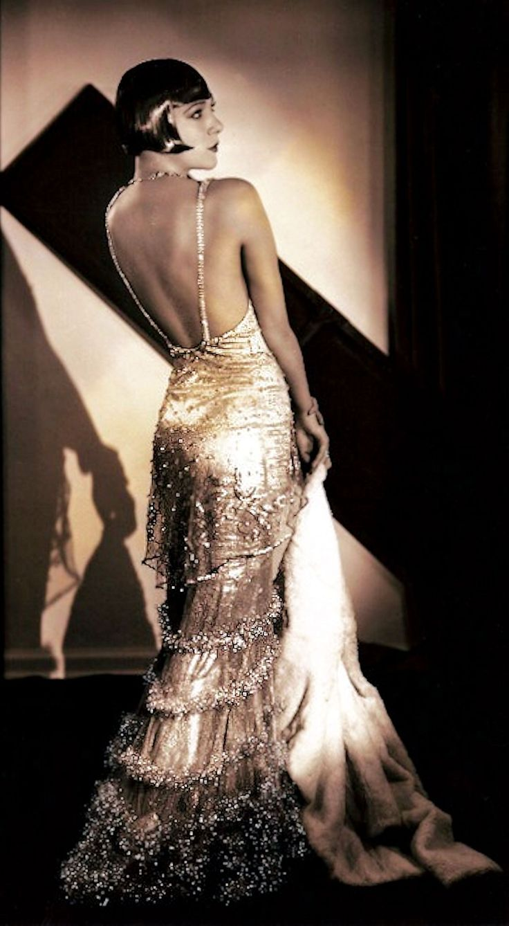 1930's Fashion was all about The Back - Karla Gutchrlein (Sisters G) in God's Gift to Women