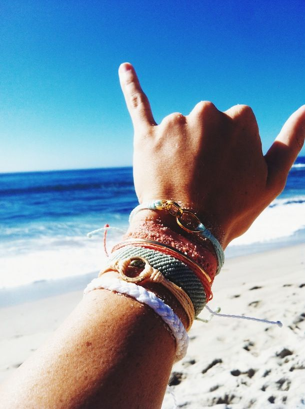 hang loose | re-pinned by http://www.wfpblogs.com/category/nicoles-blog/ ♥´¯`•.¸¸.☆
