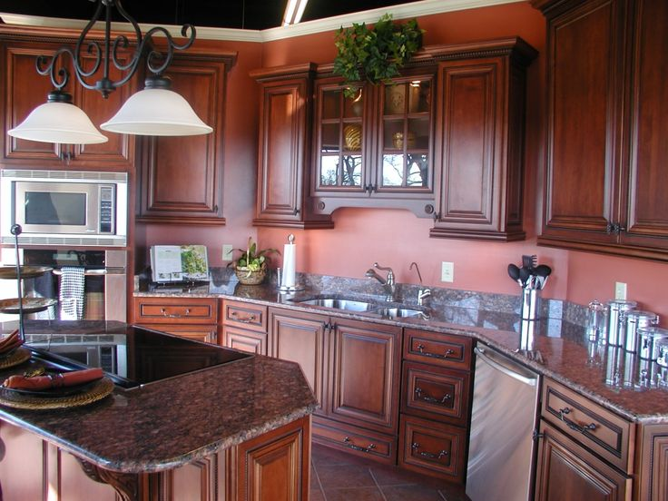 Brown mahogany kitchen cabinets mahogany wood for Red and brown kitchen ideas