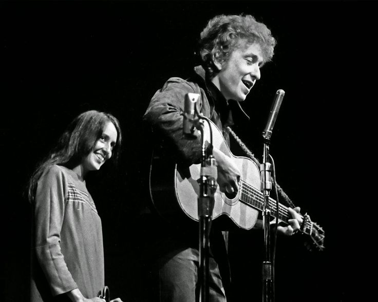 Joan Baez and Bob Dylan performing at the Monterey County Fairgrounds on Sept. 4, 1964.