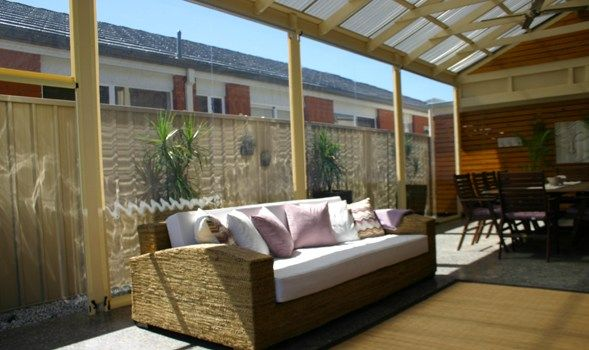 Northwest+all+weather+patio+entertaining | Ziptrak shadeview and PVC patio blinds | The Trademan – Adelaide