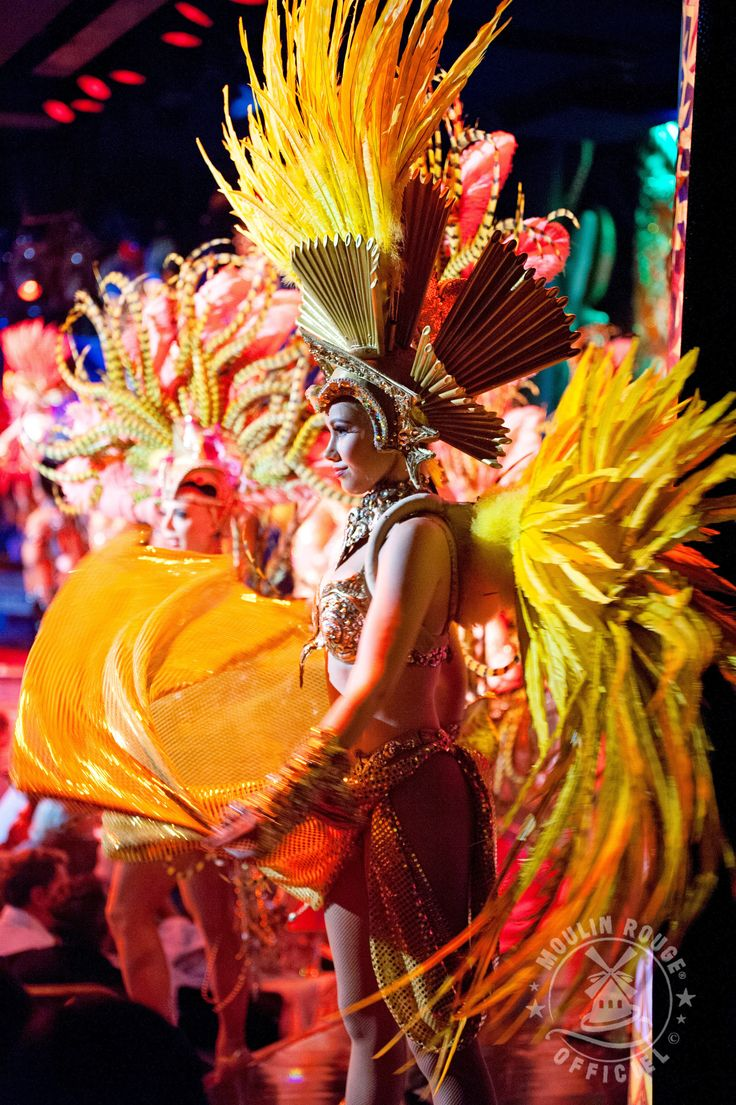 """Spectacle """"Féerie"""" du Moulin Rouge / Show """"Féerie"""" Moulin Rouge #feerie #moulinrouge #cabaret ©SandieBertrand"""