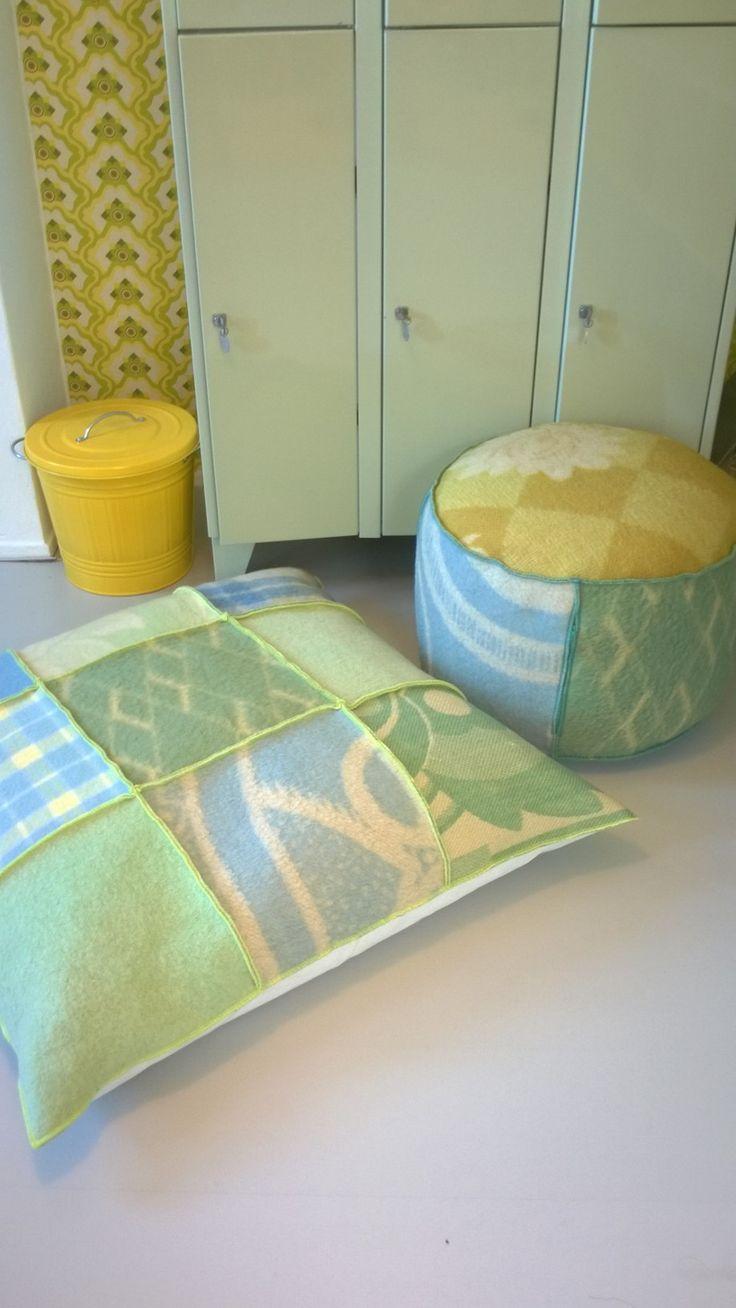 grote zitzak bekleed met wollen dekens van Hebben&Houden. Afmeting 90-90 cm