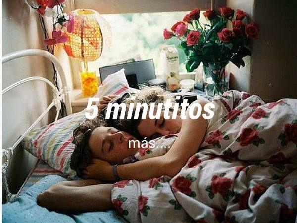 Clinomanía: Excesivo deseo de estar en la #Cama. Los #Martes desde la cama, son más apetecibles.  #BuenosDías #BuenMartes #5MinutitosMás #Clinomanía