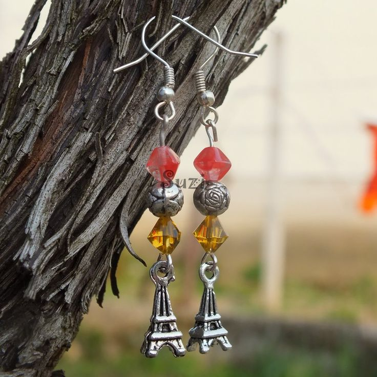 Handmade earrings with eiffel tower