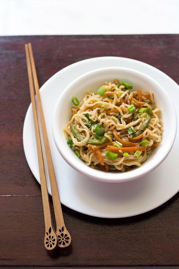 veg noodles recipe, how to make veg noodles | easy veg noodles recipe