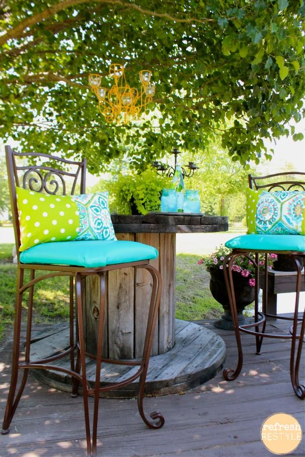 Use marine vinyl for a longer life on outdoor furniture! Colorful Outdoor Living - Refreshing Fabric - #RefreshRestyle #pillows #chaircushions #marinevinyl #sewing #recycle