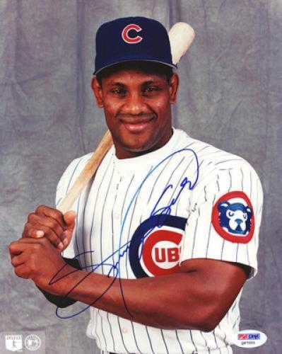 Sammy Sosa Signed 8x10 Photo Psa Dna Sportsmemorabilia Chicagocubs Sammy Sosa Mlb Chicago Cubs Chicago Sports