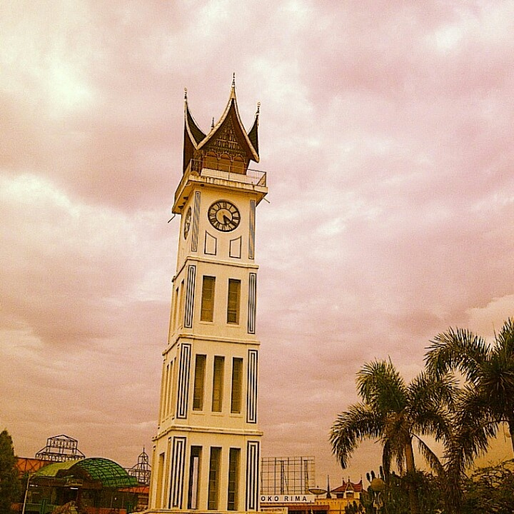 Jam gadang, bukit tinggi, west sumatra, indonesia