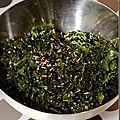 Enfin, motivé par la lecture d'un récent post de Françoise, je me suis lancé dans les salades d'algues! J'adore en déguster avec des...