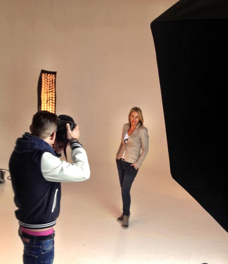 En dan ben je zelf model...fotoshoot voor mijn nieuwe web site, bij NoPoint Studio's