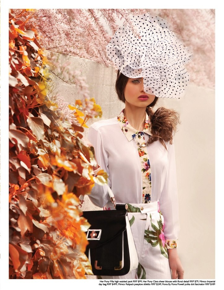 Be bold with mixed prints! #fashionjournal #prints #racewear #SpringCarnival #RacingStyle
