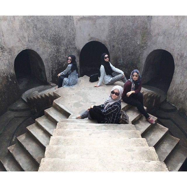 Rani Hatta @ranihatta Instagram photos | Websta