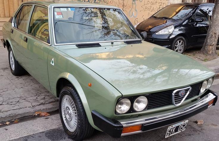 Alfa Romeo #Alfetta 2.0 Sedán 1980. http://www.arcar.org/alfa-romeo-alfetta-20-78718