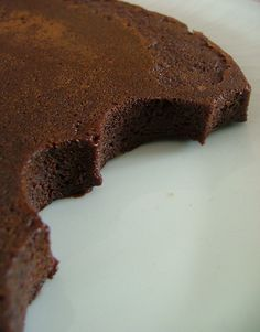 Gâteau minute au chocolat, ultra fondant, ultra bluffant (15mn cuisson comprise, au M.O avec moule en silicone)