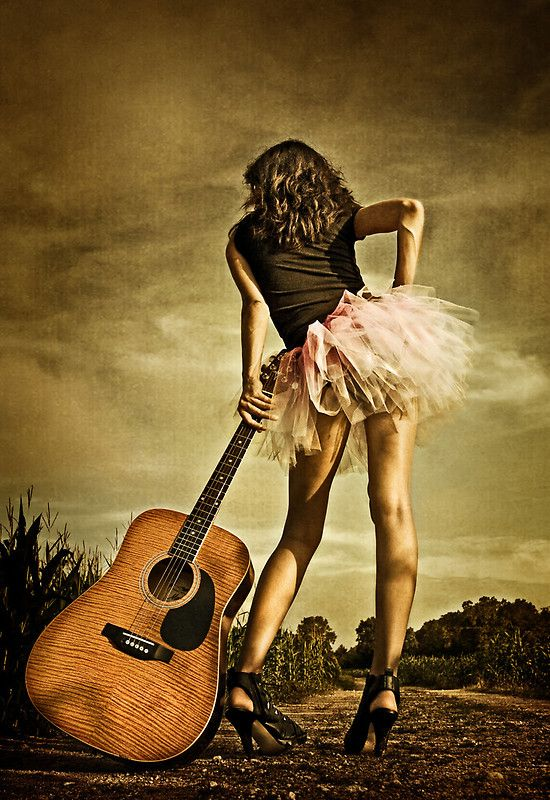 46 best great guitar photo ideas images on pinterest guitar girl guitars and photography ideas. Black Bedroom Furniture Sets. Home Design Ideas