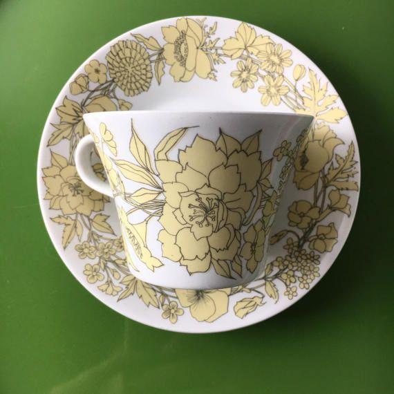 Rare vintage Arabia Finland fine porcelain tea cup and saucer