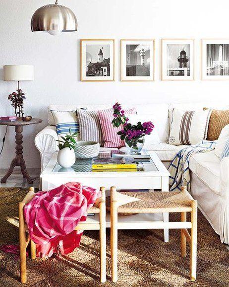 Salón con el sofá Ektorp en esquina, de Ikea