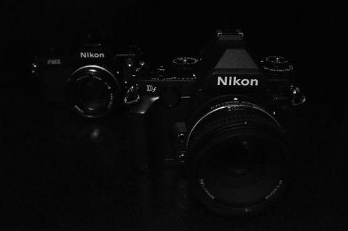 Vrátit se o sto let zpět dnes by to byl první den na světě. V té době Nippon Kogaku K.K. dnes #Nikon vyráběl dálkoměry a mikroskopy. Na fotoaparáty jsme si museli ještě pár let počkat. Víte v jakém roce byl ohlášen první fotoaparát? A víte o jaký model se jednalo?   #100thanniversary  Photo by @michaeljurak via Nikon on Instagram - #photographer #photography #photo #instapic #instagram #photofreak #photolover #nikon #canon #leica #hasselblad #polaroid #shutterbug #camera #dslr #visualarts…