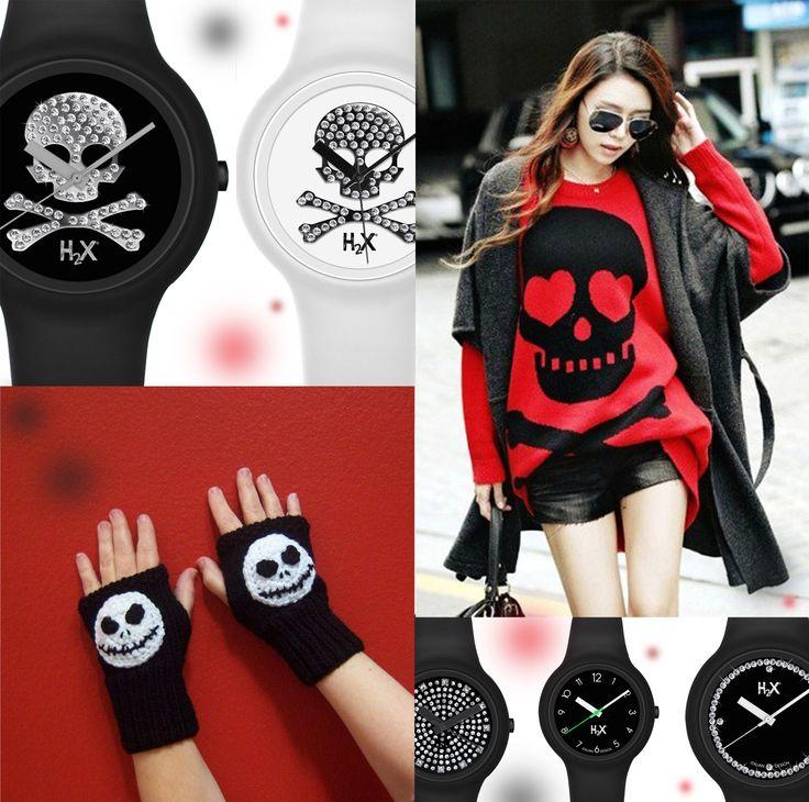 Rosso e nero originale, audace e divertente: gli orologi H2X ONE LADY versione SKULL con teschietti in bianco e nero. Silicone anallergico e cristalli per brillare sempre al polso. Italian Watches Style!