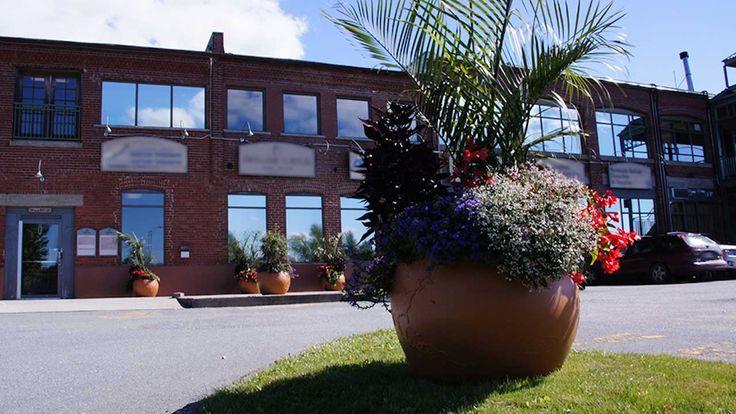 Visitez http://www.mouliniermemphremagog.com/fr pour en savoir plus.