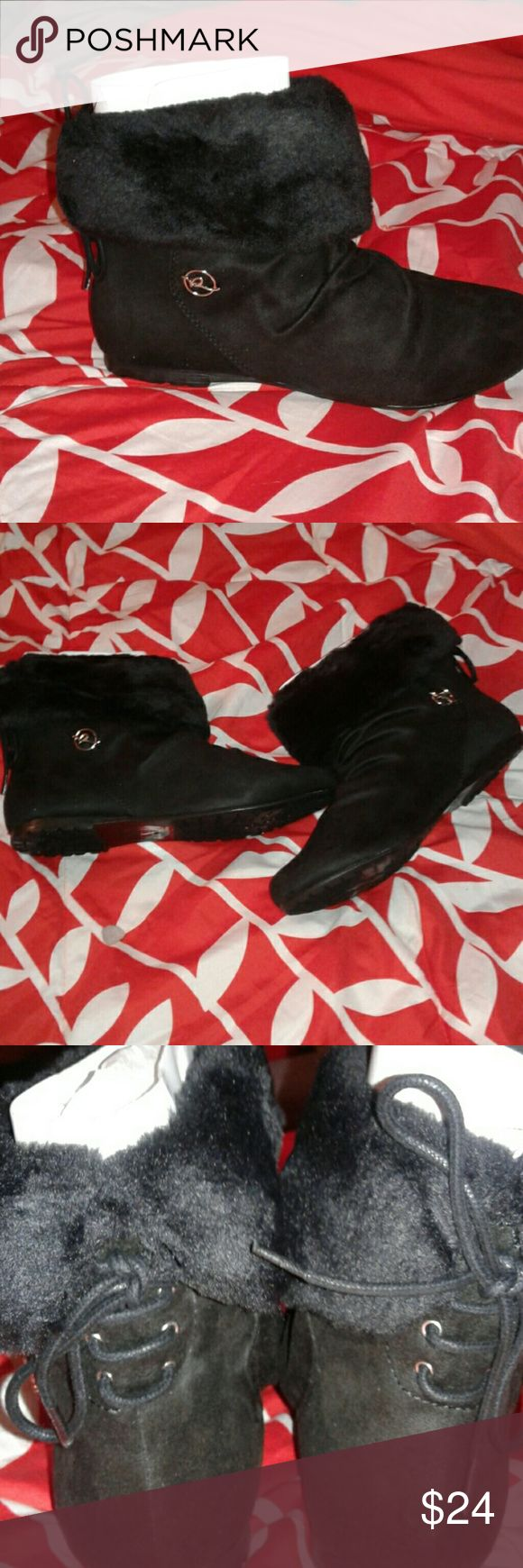 LADIES ANKLE BOOTS LADIES BLACK NEVER WORN ROCA WEAR ANKLE BOOTS SUEDE WITH FUR ON TOP TIES IN BACK THE LAST PICTURE I SHOWED THAT THE BOOT CAN BE WORN UP OR DOWN, THE FUR SHOWS MORE WHEN BOOT IS FOLDED DOWN, THEY ATE CUTE I LOVE THEN, I CAN SEE THE FOAM IN SOME OF THEM STILL ROCA WEAR Shoes Ankle Boots & Booties