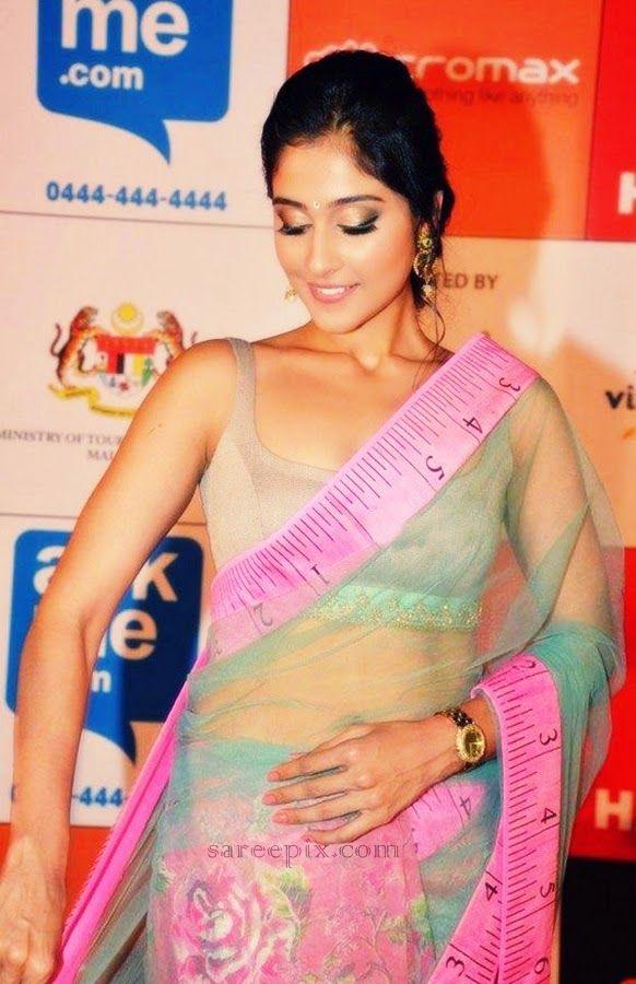 Regina-Cassandra-transparent-saree-SIIMA-Awards-2014