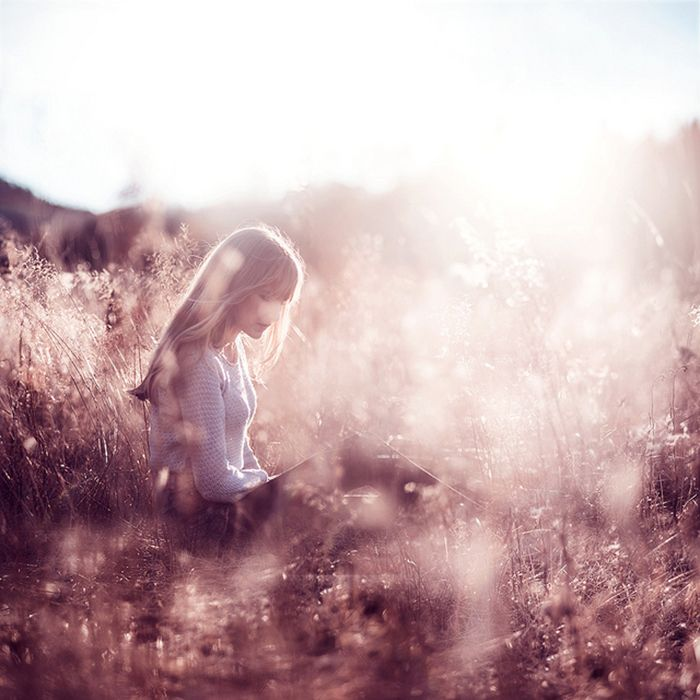 Creative portrait photography by Vilde Indrehus