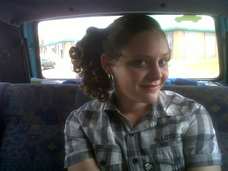 Karlien on her way for the play in the school revue - check the hair and the makeup - sjoe ma must buy a real gun with good quality bullets soon.