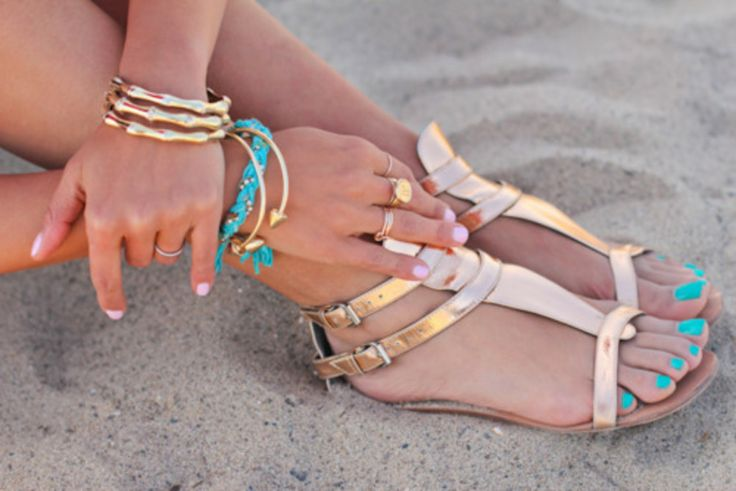 Summer Sandals! Would look great with any Divinita Sole Swimsuit.   www.divinitasole.com