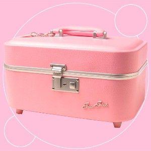 retro train case in Flamingo pink!