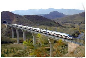 Treno Ave spagnolo. Puoi fare i ticket elettronici con Il Girasole Viaggi