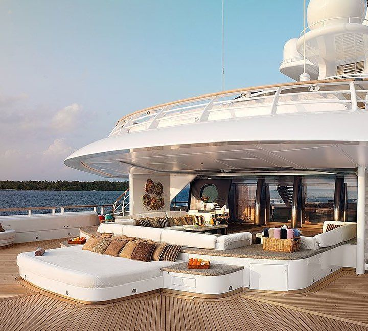 The Mega Yacht Yacht Luxury Legendes Exception Motivation Boat