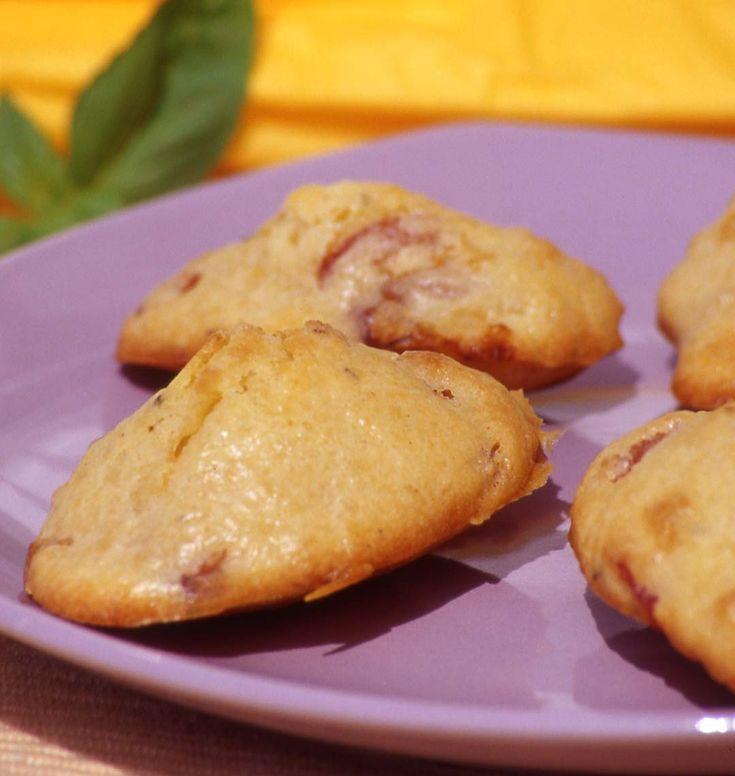Madeleines aux lardons, la recette d'Ôdélices : retrouvez les ingrédients, la préparation, des recettes similaires et des photos qui donnent envie !