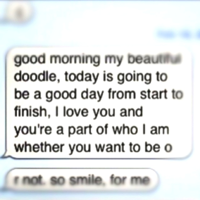 text messages for your girlfriend to wake up to