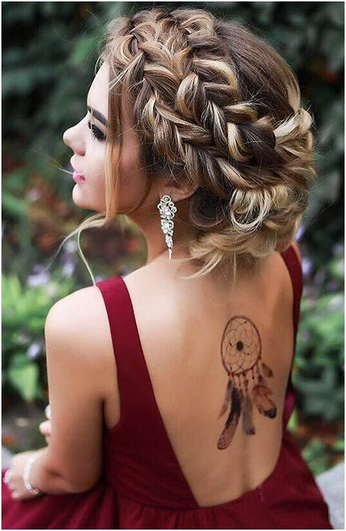 Messy French Braided Boho Updo for Prom #MediumHair #StylishBraid click for more…