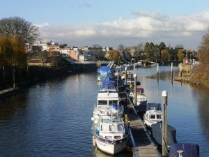 Thames Path west London: Teddington Lock