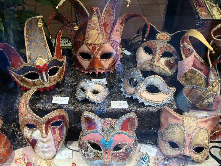 "Tarjeta - ""Venetian Mask"" | Aprender manualidades es facilisimo.com"