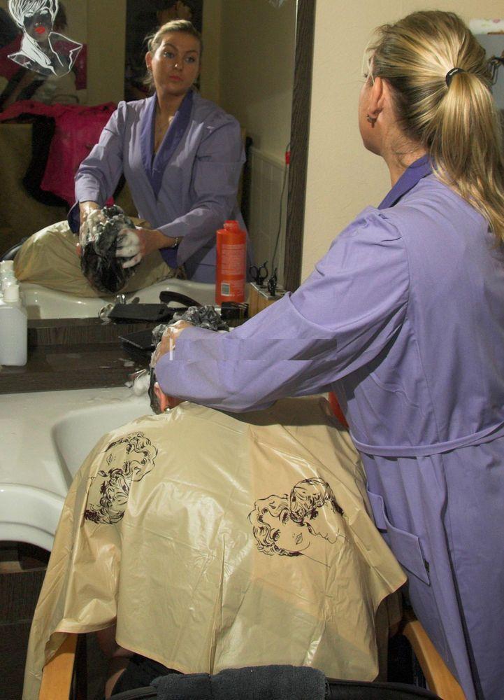 shampoocape Wasch-/Friseurumhang PVC aus dem Kultsalon ...Friseurumhang