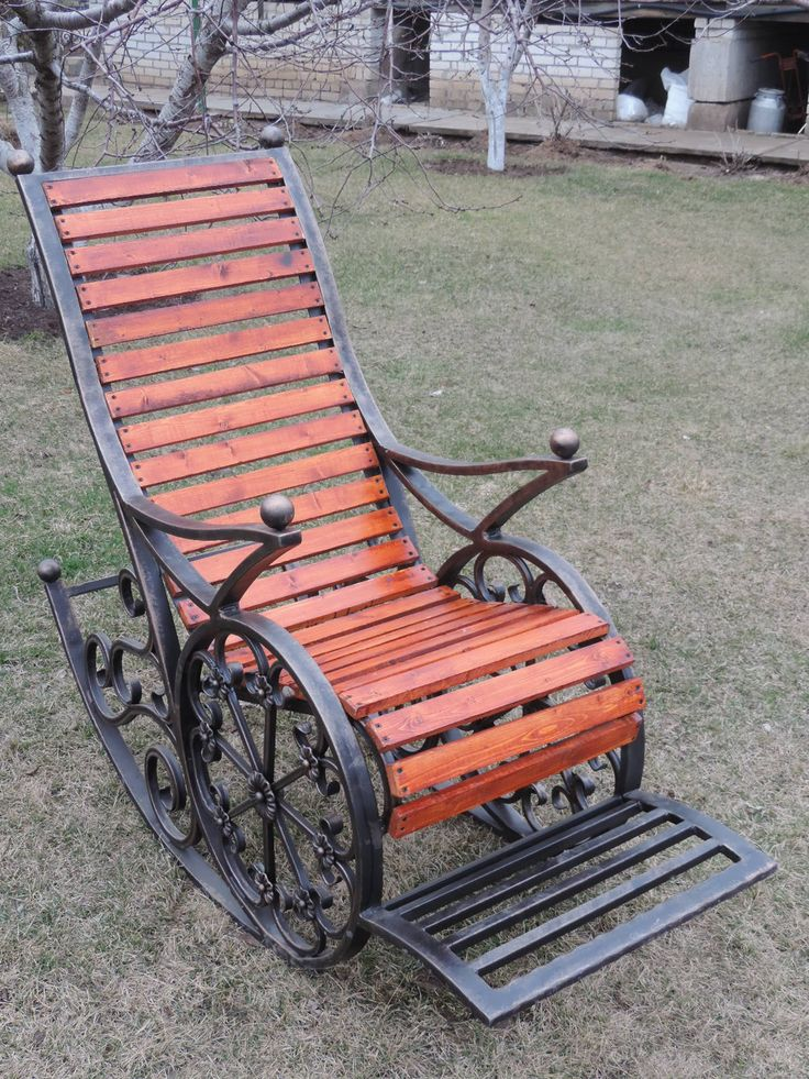 Кресло качалка для сада или веранды