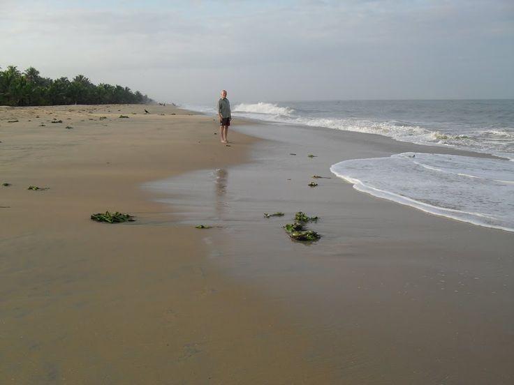 Visit Mararikulam-Marai Beach with Asian Voyages. For more detail visit http://asianvoyages.co.in/2015/visit-mararikulam/