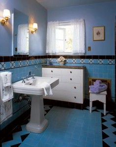 1930's bathroom from This Old House Interiors. / Pedestal sinks are so much nicer than cabinet sinks...imho