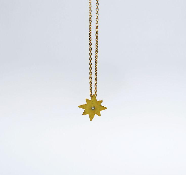 Fio Estrela 8 Pontos Pequena em Prata com Banho de Ouro +info: joias.she@gmail.com