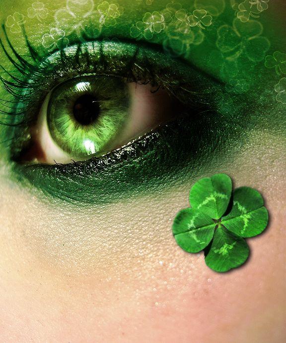 Emerald green eye